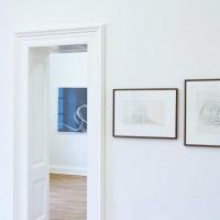 Ausstellungsansicht Papier/Paper II, Detlef Beer (l.), Mark Sheinkman (M. h.), Shanna Horwitz (r.)